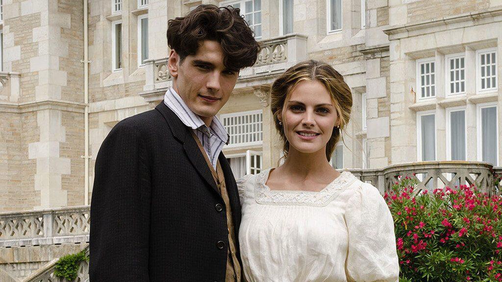 Netflix Season 3 of Grand Hotel