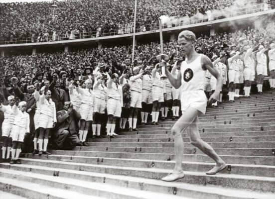 GERMANY - JANUARY 08: Beginning of the eleventh Olympic Games. Photography. 1.8.1936. (Photo by Imagno/Getty Images) [Der Beginn der XI. Olympischen Spiele. Photographie. 1.8.1936]