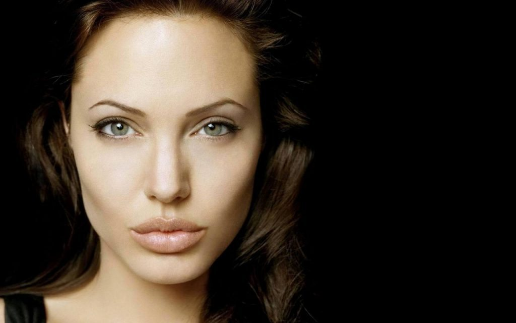 angelina-jolie-movies-on-netflix