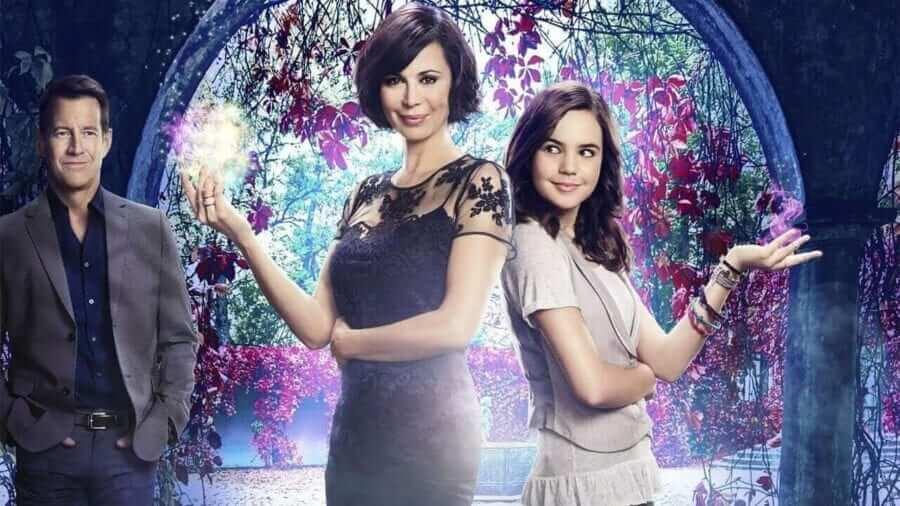 When will Season 4 of 'Good Witch' be on Netflix? - What's
