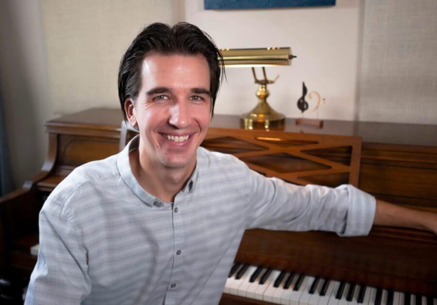 Matthew Janszen Headshot