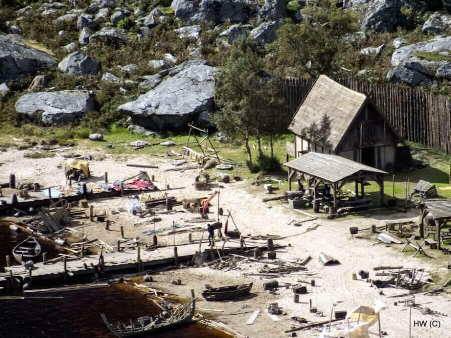 Harry Warren The Vikings 3