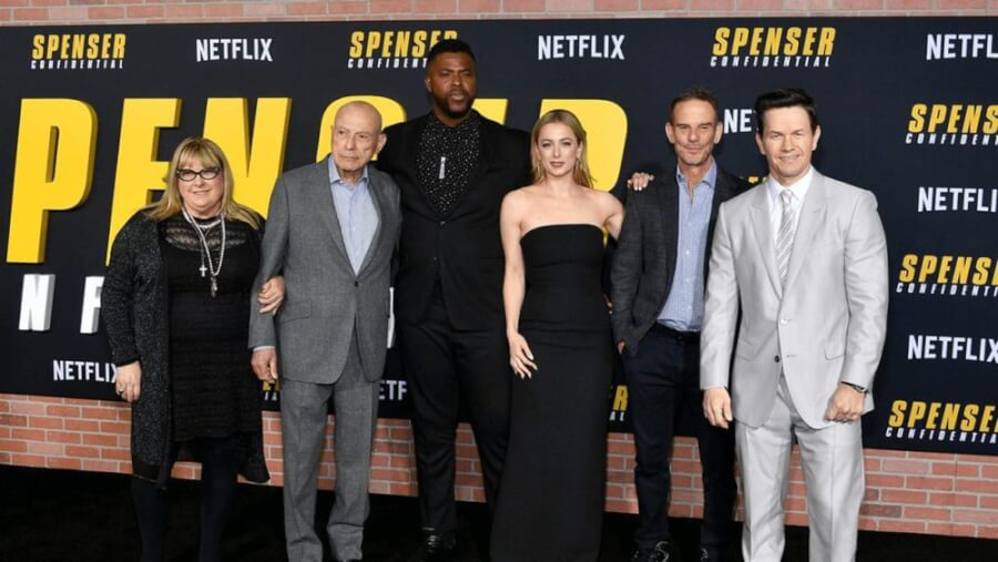 Netflix Signs First Look Deal With Peter Bergs Film 44 mark wahlberg peter berg spenser confidential